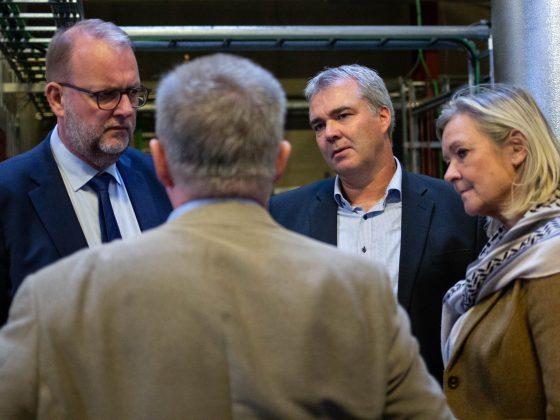 Birte og lars Chr. Lilleholt på besøg i Brædstrup